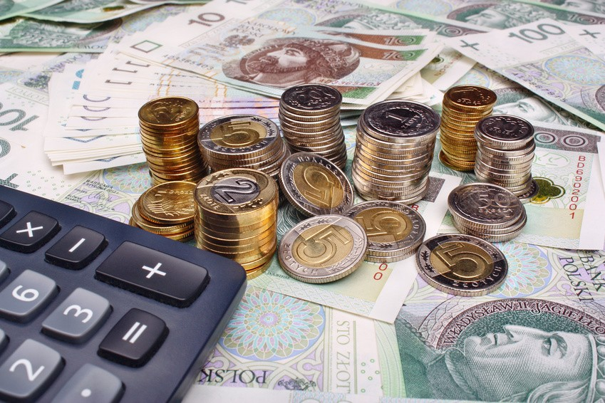 Należności celne i podatkowe